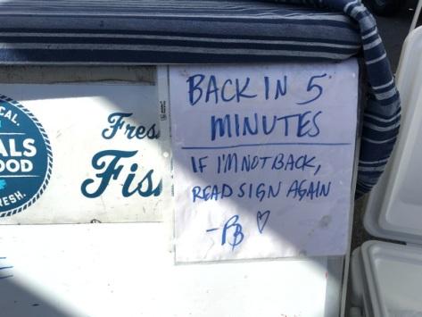 locals-seafood-sign.JPG